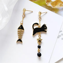 Load image into Gallery viewer, Cat Fish Cute Earrings