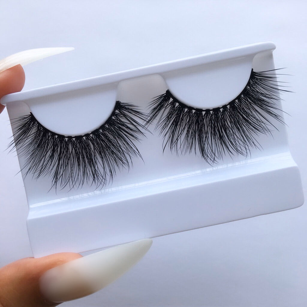 90'S BABY - Eye Kandy cruelty-free silk lashes