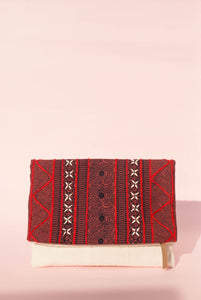 Lac Red Clutch