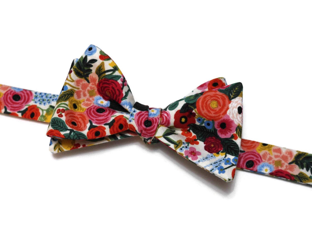 Cream Garden Party Petite Floral Bow Tie