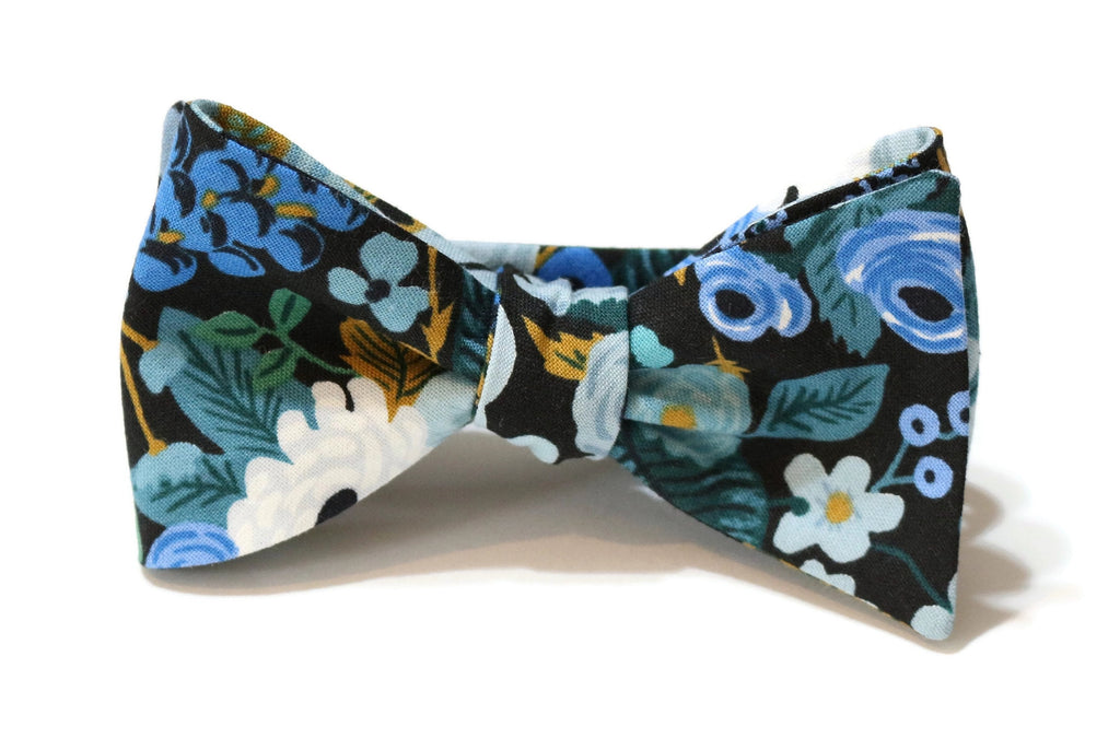 Blue Garden Party Floral Bow Tie w/ Hunter Pocket Square