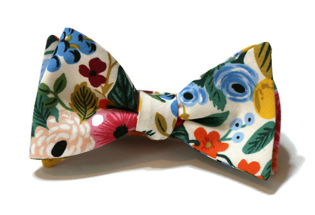 Cream Garden Party Floral Bow Tie w/ Pink Pocket Square