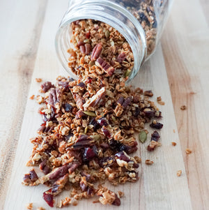 Healthy Homemade Granola (No Refined Sugars)