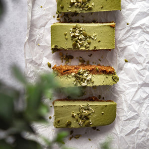 Raw Vegan Matcha Cheesecake Bars