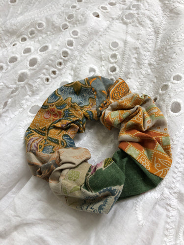 Balinese Batik Scrunchie No. 1 - MAE I Mary U