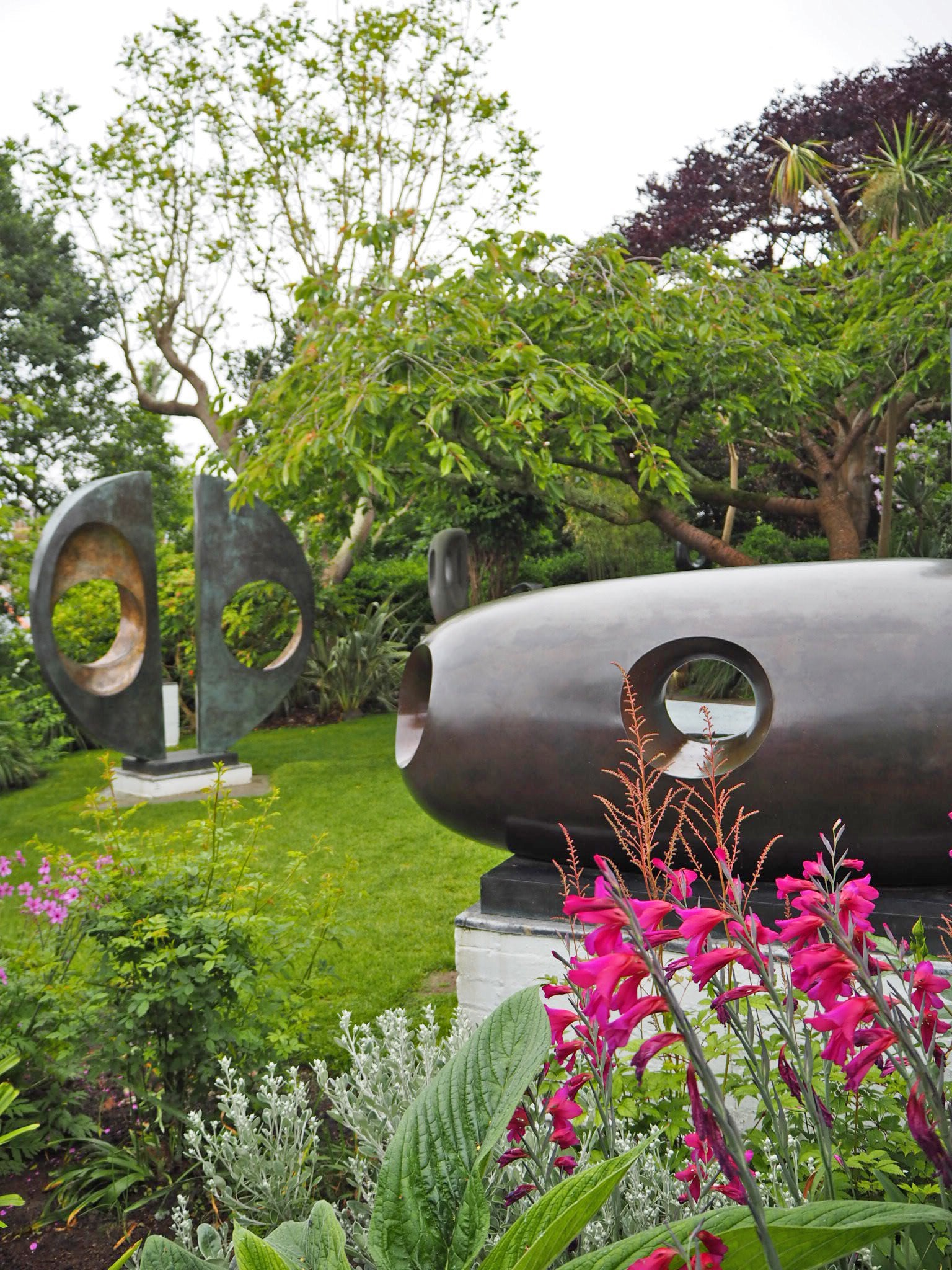 sculpture-garden-st-ives
