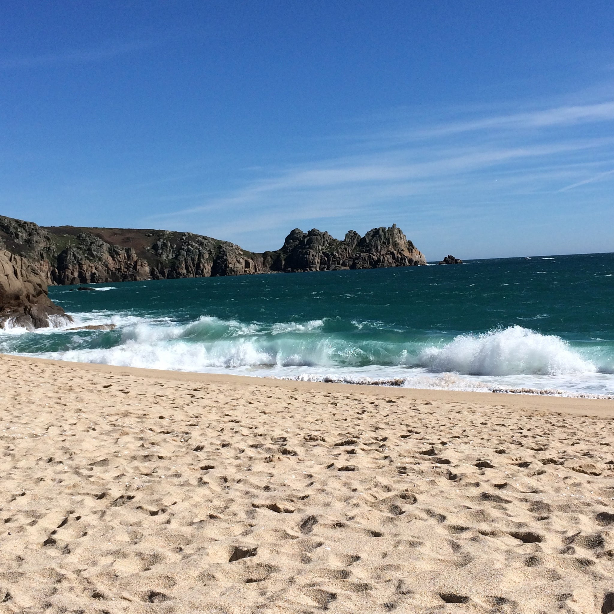 porthcurno-life-by-the-ocean-cornwall