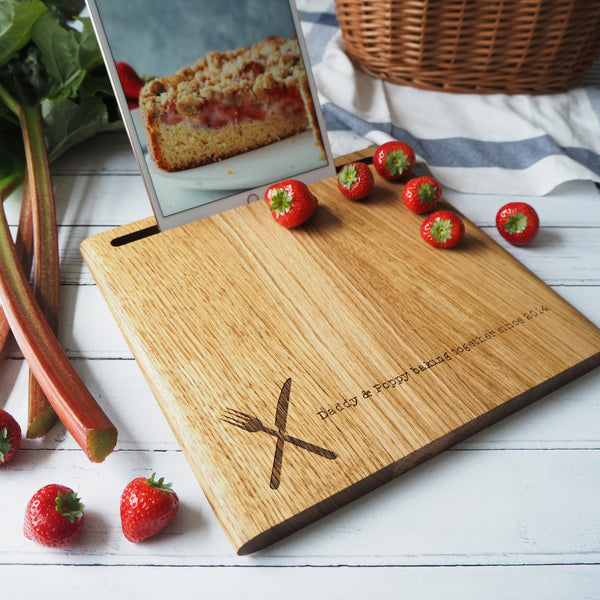 Rustic Oak Wood Chopping Board and Ipad Stand