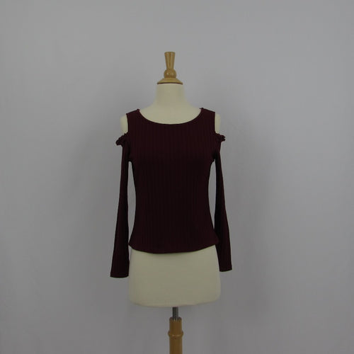 Aallamanda Burgundy Cold Shoulder Top