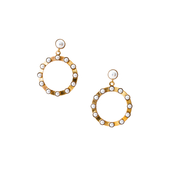 Helen Earrings - Pearl