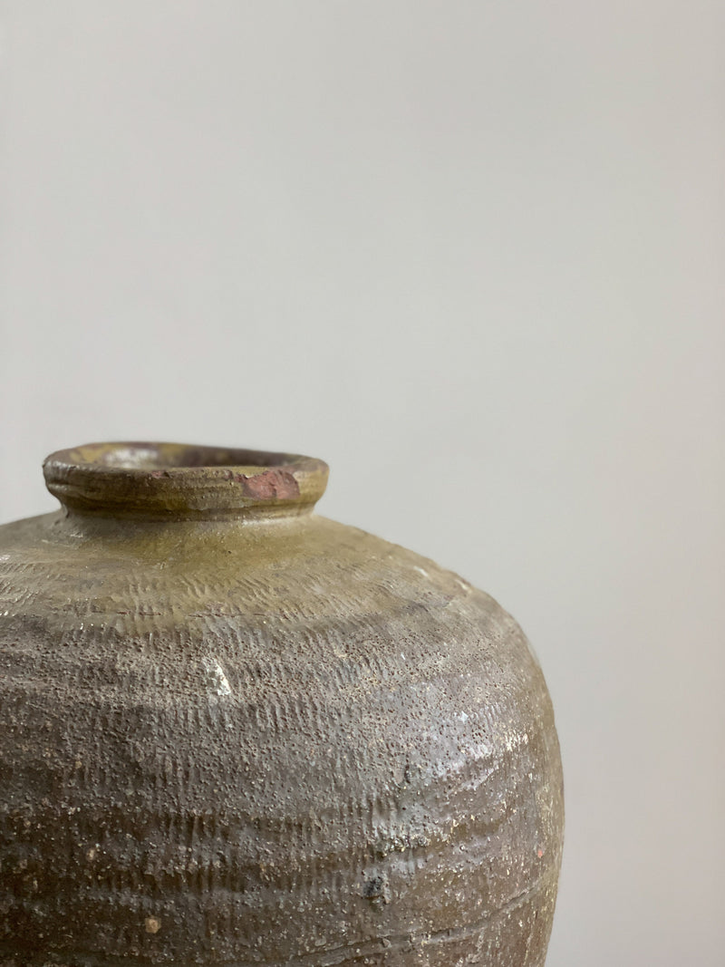 Large Mijiu Jar