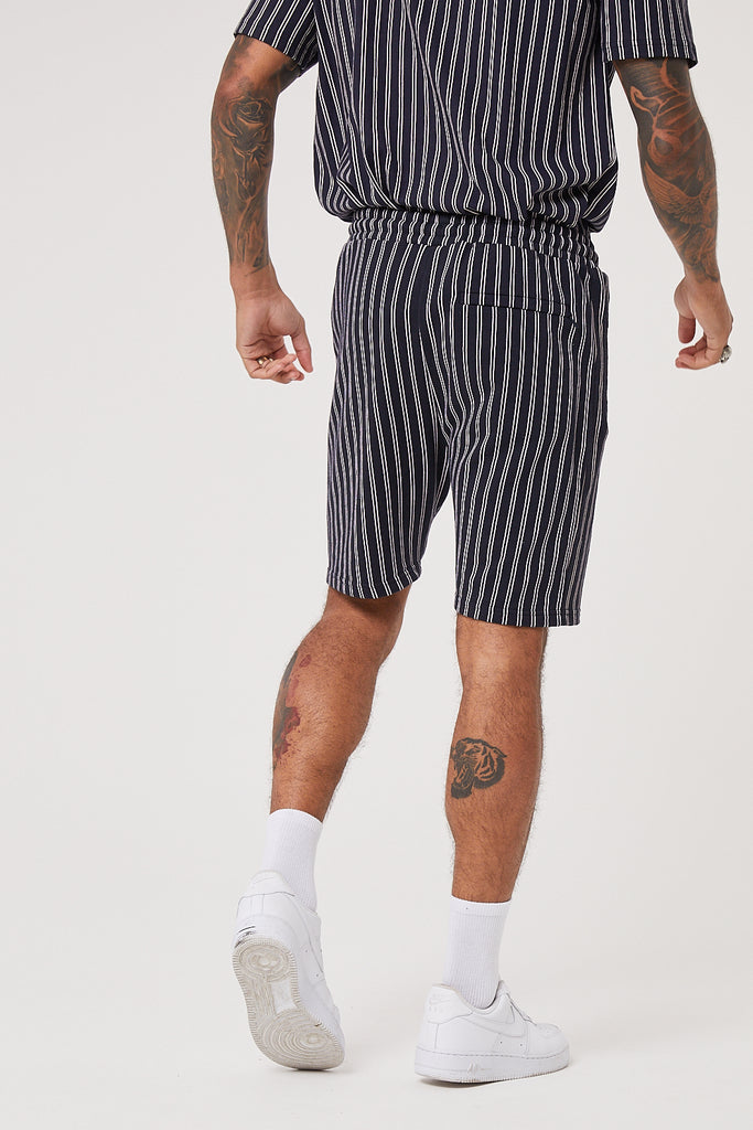 OVERSIZED PINSTRIPE SHORT