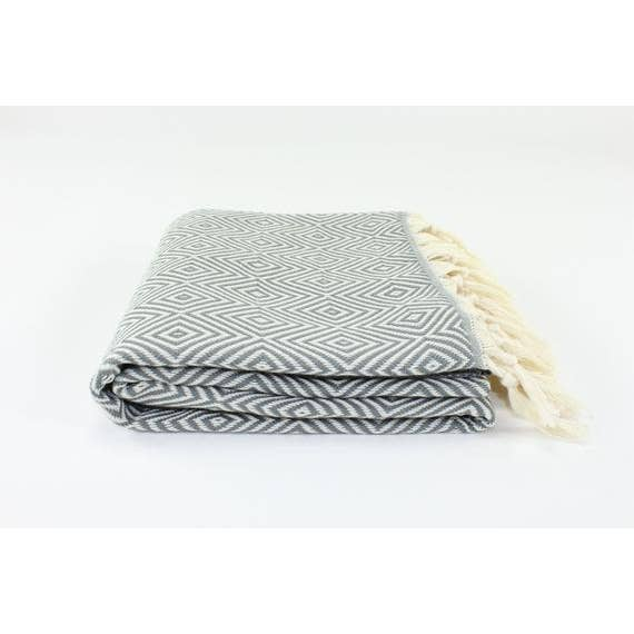 Premium Turkish Diamond Pattern Towel in Gray