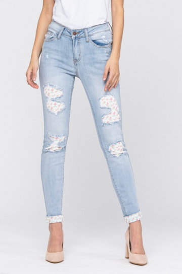 Judy Blue Jeans Plus Size Floral Patch Skinny Jeans