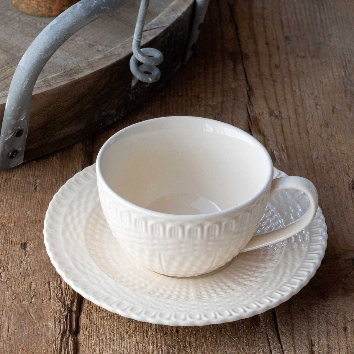 Set of 4 Creamware Basketweave Cups & Saucers