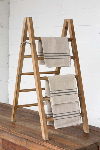 Table Top Display Ladder