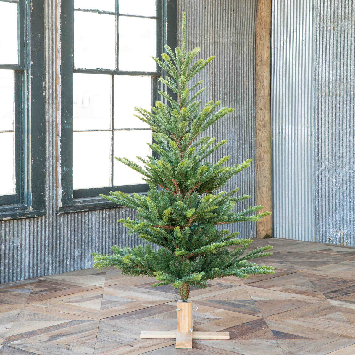 5' Great Northern Spruce Tree with Micro LED Lights