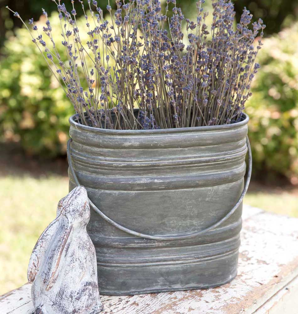 Sweet Farmhouse Bucket