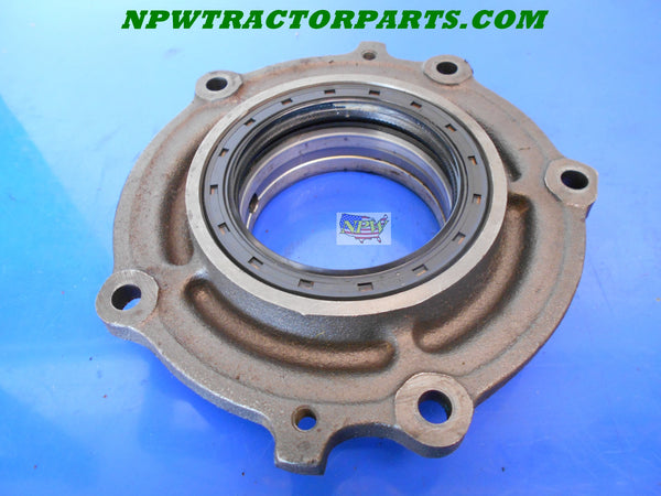 John Deere Flywheel Oil Seal Housing Part #: CH12167 used 950