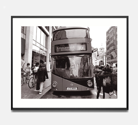 🌴NEW: BUS, VICTORIA STATION 8.3 x 11.7 (A4) PHOTOGRAPHIC PRINT LIMITED EDITION