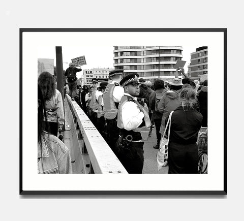 🌴NEW: MARCHNG OVER VAUXHUAL BRIDGE 8.3 x 11.7 (A4) PHOTOGRAPHIC PRINT LIMITED EDITION 15