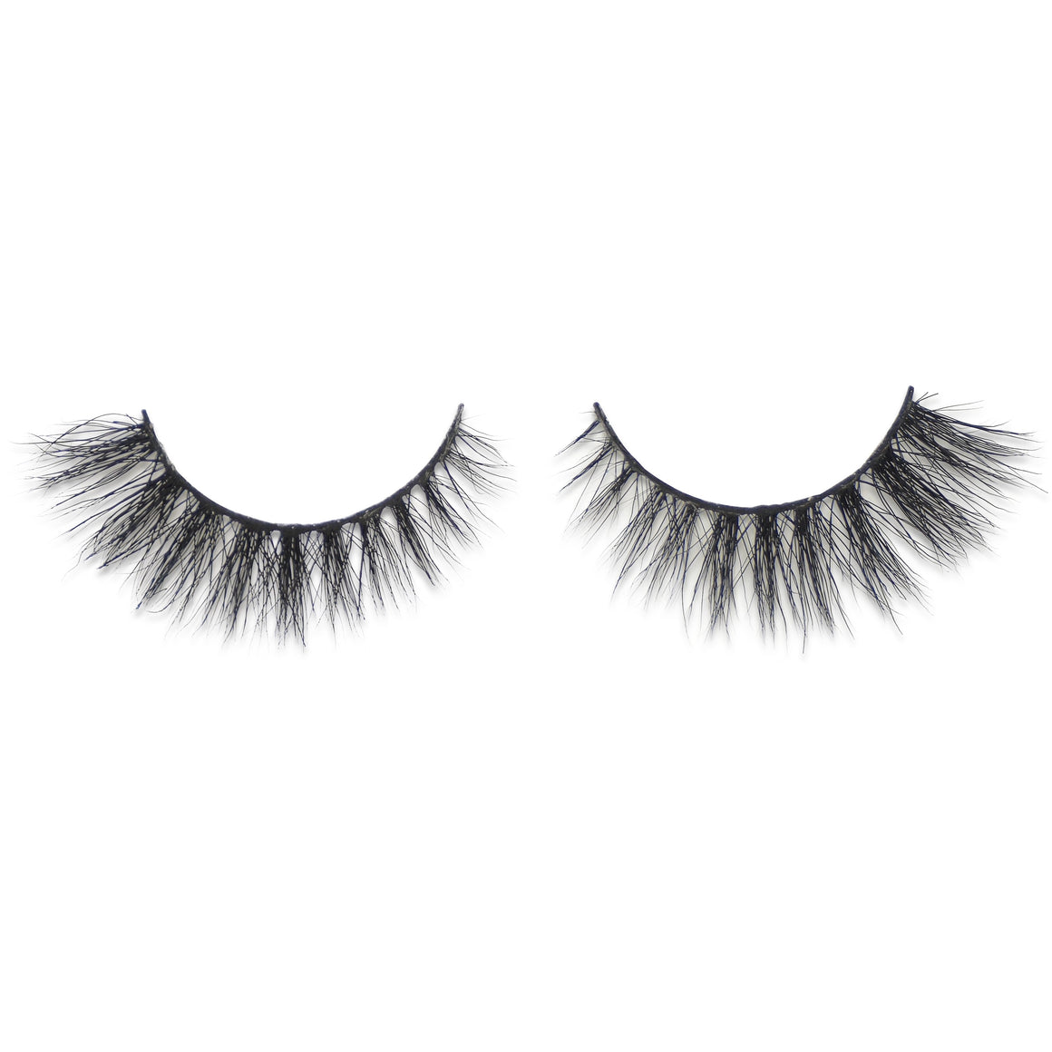 GIGI MINK LASHES - Coquette Chronicles