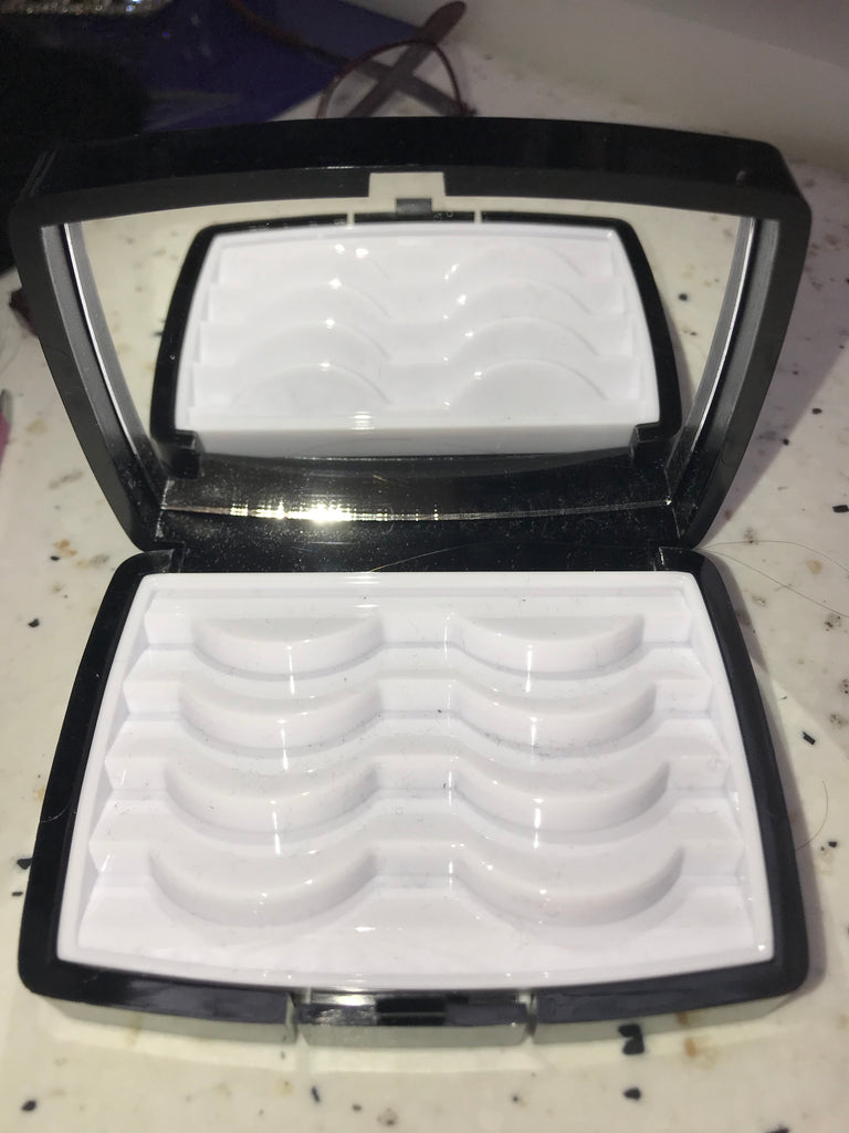 Luxury Case Holder & 4 Lashes