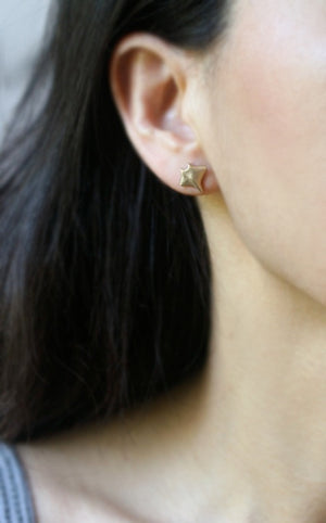 Baby Manta Ray Earrings in 14k Gold