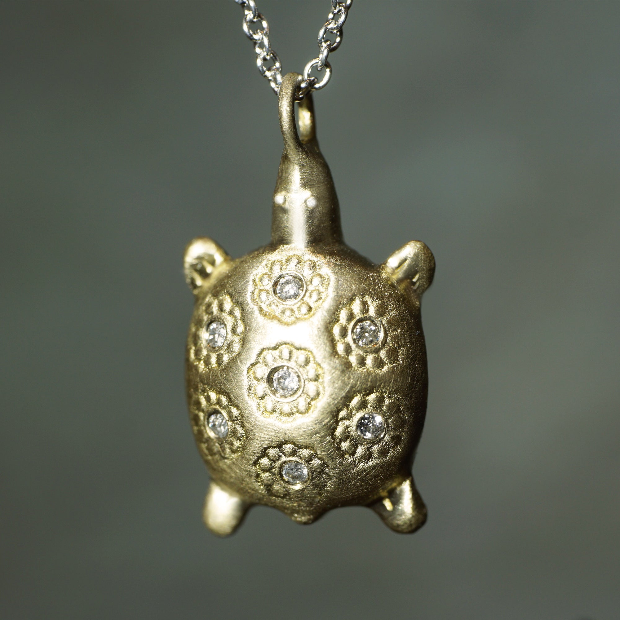 in pendant sea honu turtle turtles gold shop maui yellow at small black collections jewelry divers necklace coral