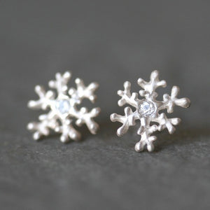 Snowflake Stud Earrings in Stering Silver and White Sapphire earrings,nature/organic snowflake-stud-earrings-in-stering-silver-and-white-sapphire Default Title