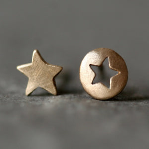 Mismatched Star Cutout Stud Earrings in 14k Gold