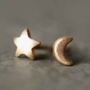 Tiny Moon and Star Stud Earrings in 14k Gold