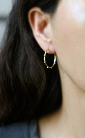 Small Beaded Hoop Earring in 14K Gold