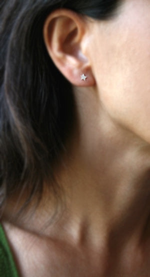 Tiny Star Stud Earrings in 14k Gold