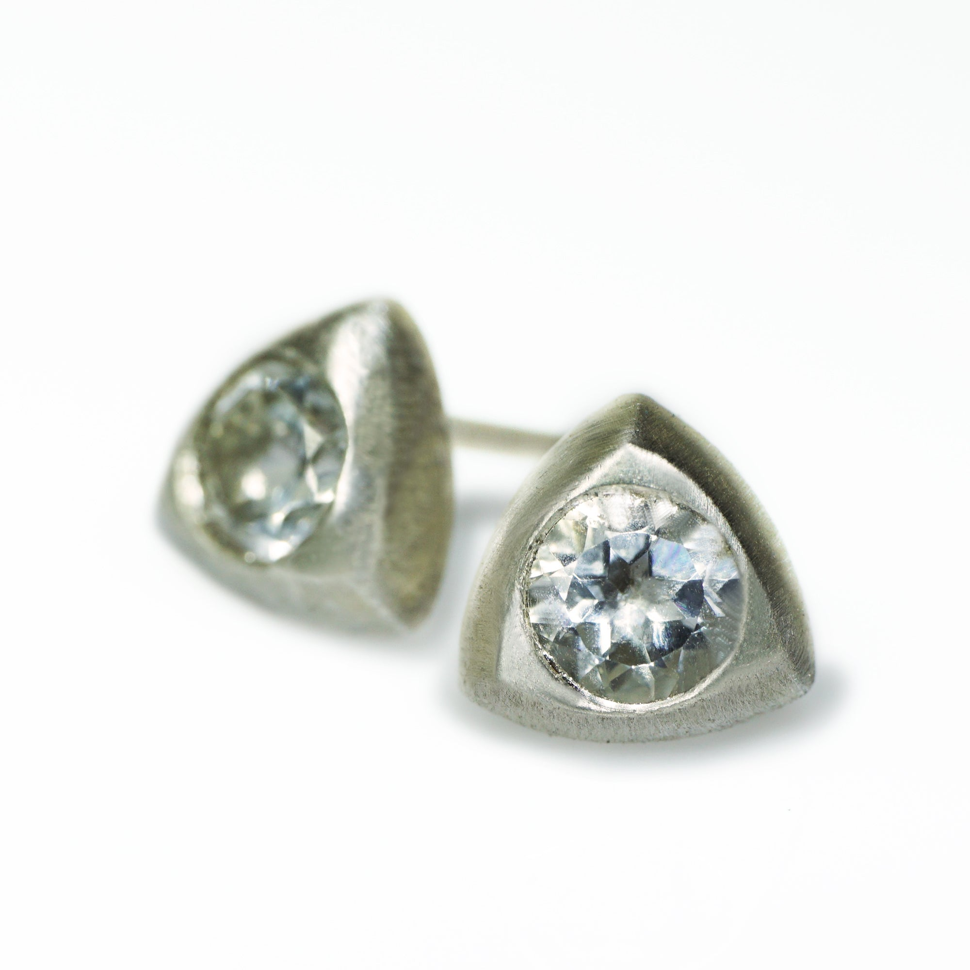 solitaire collections stud rg earrings diamond forevermark lugaro