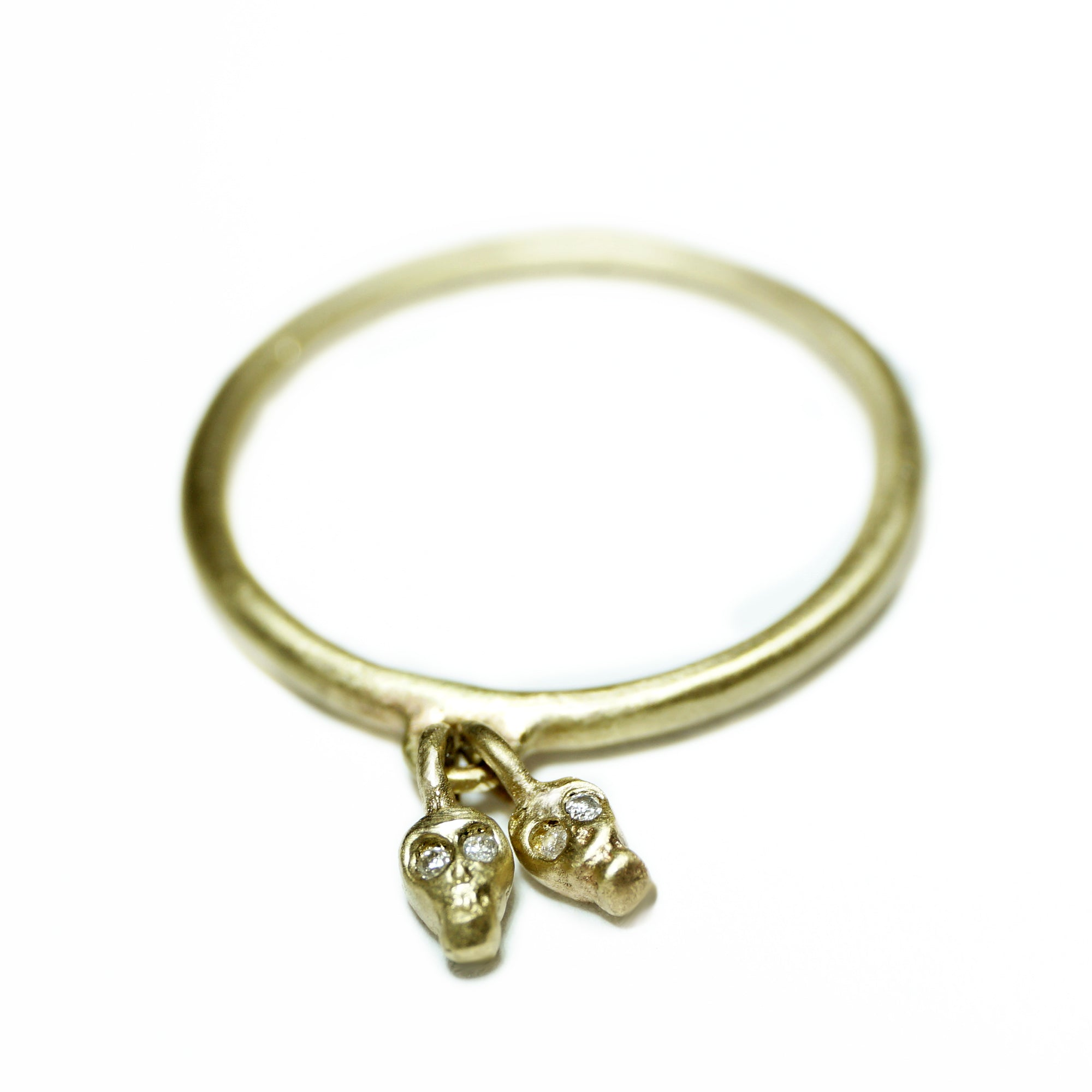 rings ring product gold ladys band celtic eu claddagh petite braid