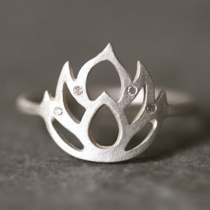 Lotus Flower Ring in Sterling Silver with 4 Diamonds nature/organic,rings,symbols lotus-flower-ring-in-sterling-silver-with-4-diamonds 4,4.5,5,5.5,6,6.5,7,7.5,8,8.5,9