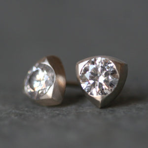 Triangle Solitaire Stud Earrings in 14k Gold with Diamonds, 1CT