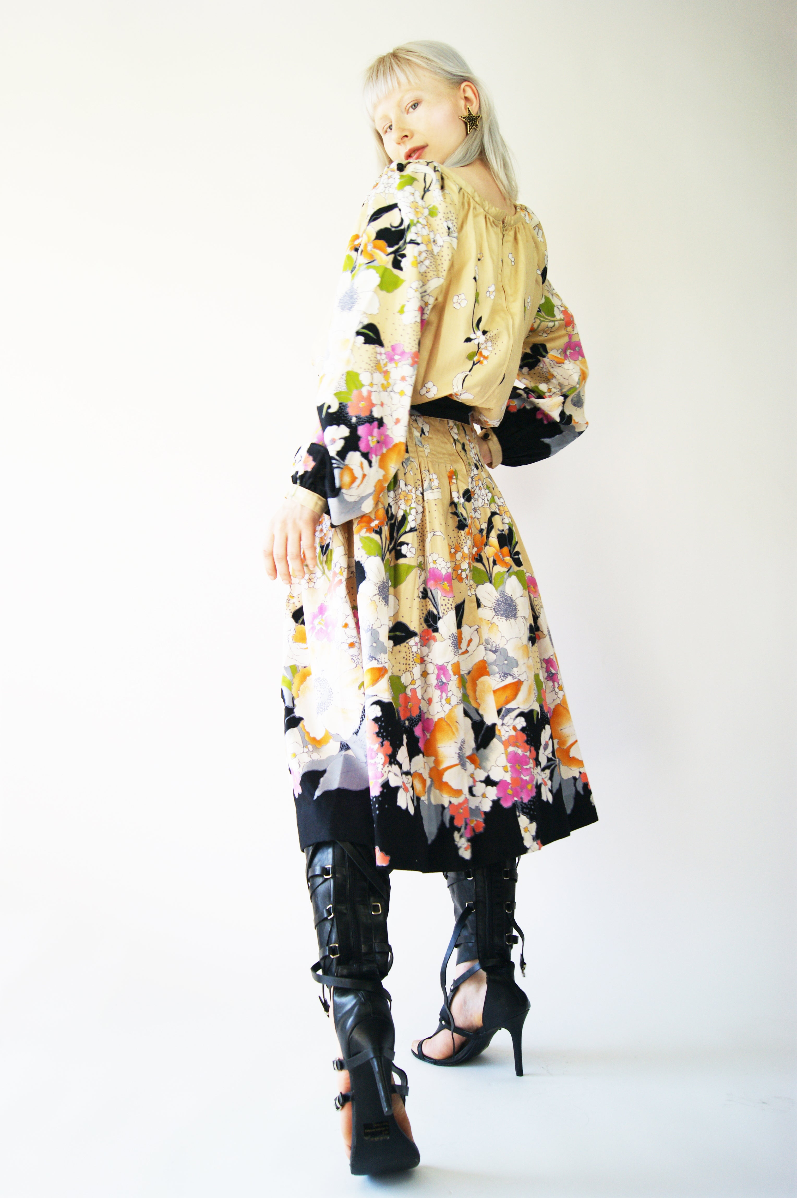 Floral 1970's Boho Vibes Dress - ULTRA-CAT