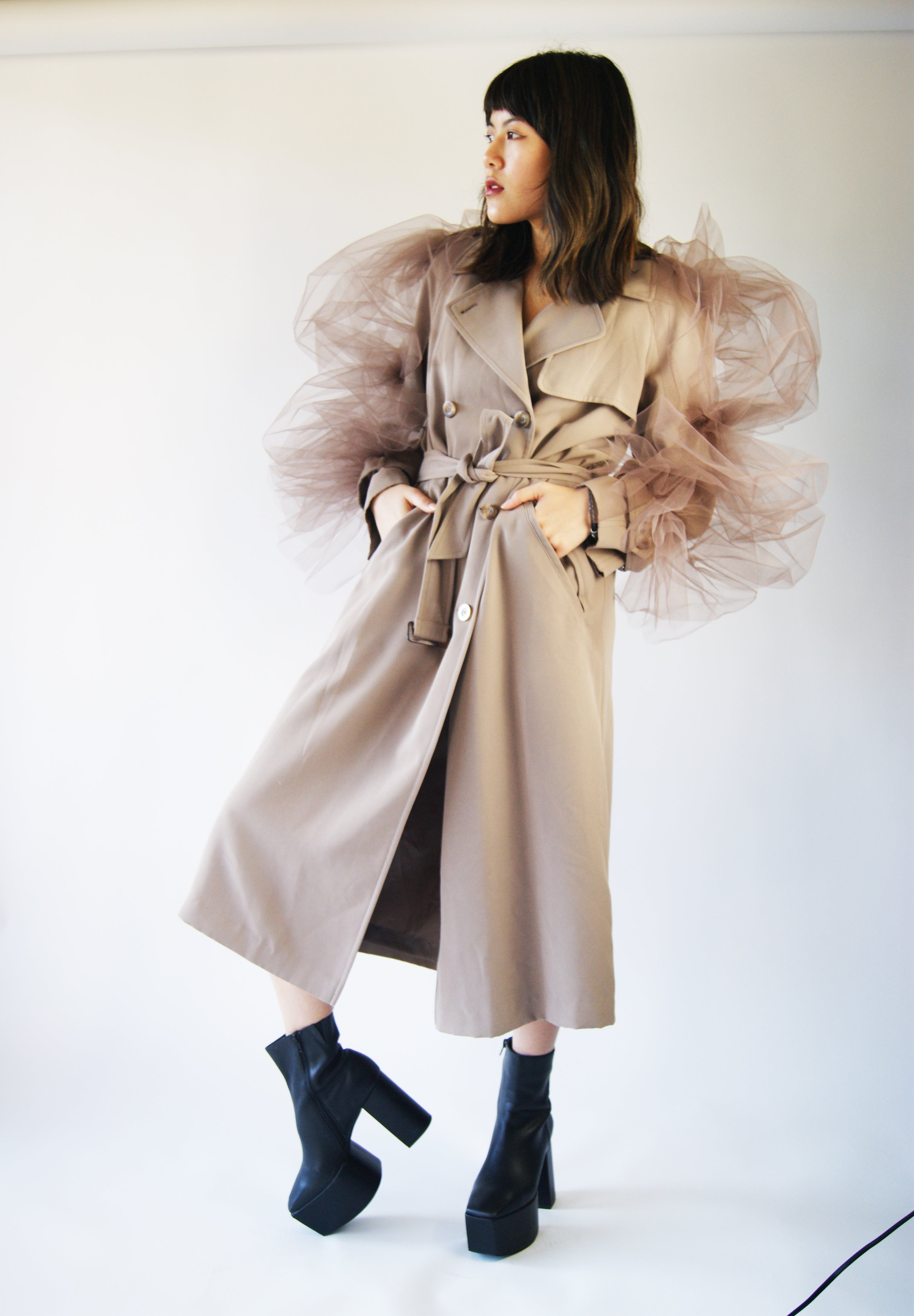 Avant Garde Trench Coat That Looks Like It Is Straight From Maison Margiela Runway - ULTRA-CAT