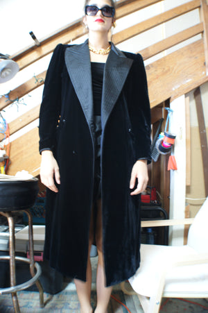 Black Velvet Coat - ULTRA-CAT