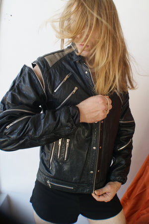 Unique Leather Jacket With Attachable Sleeves - ULTRA-CAT