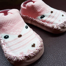 Load image into Gallery viewer, Anti Slip Baby Socks / Shoes - 11cm - BabySpace Shop