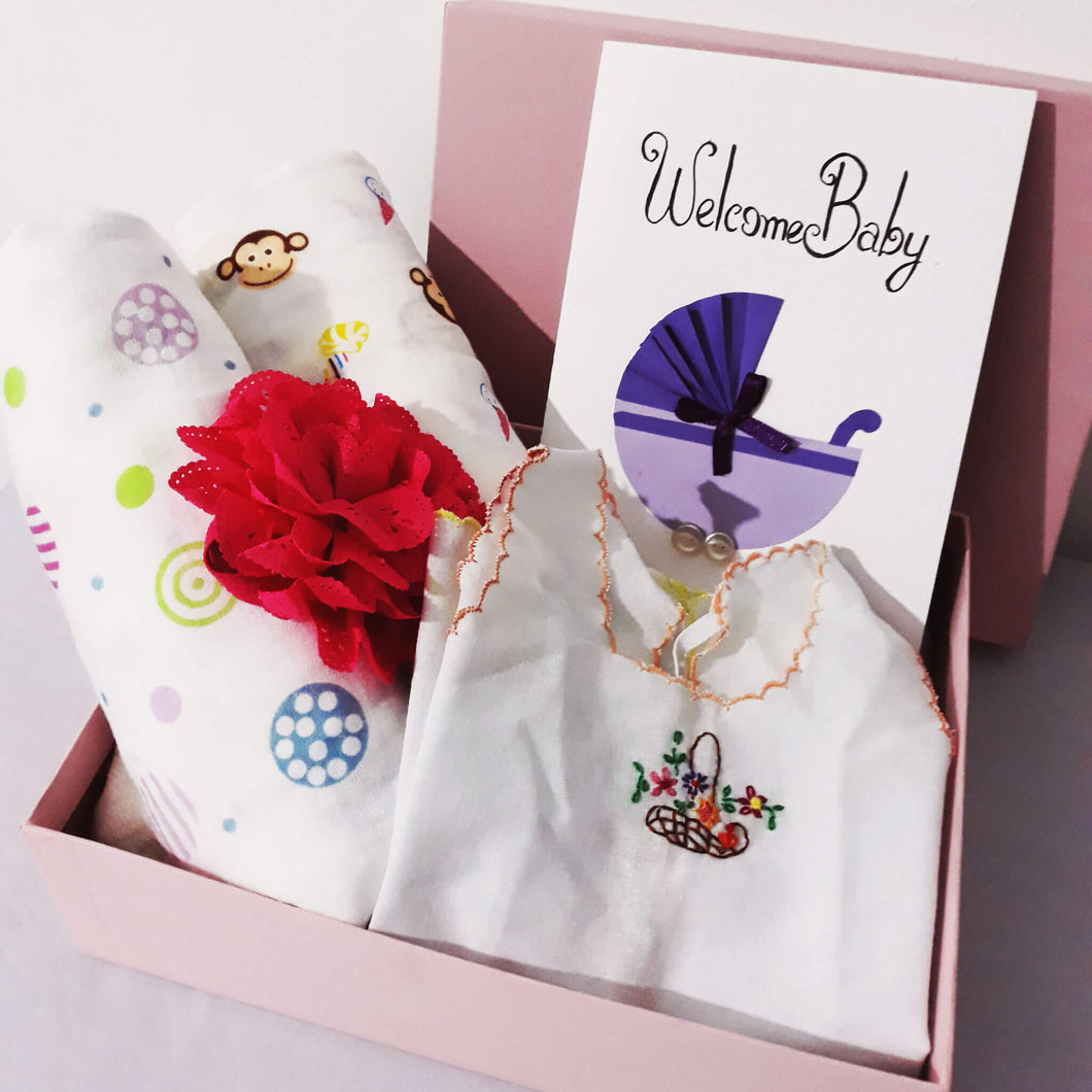 Welcome Baby Small Pink Hamper - BabySpace Shop
