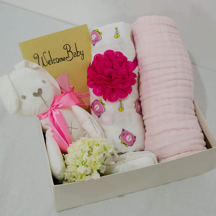 Welcome Baby Hamper - Simple Pink - BabySpace Shop