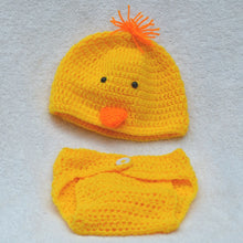 Load image into Gallery viewer, Knitted / Crochet Baby Animal Hats