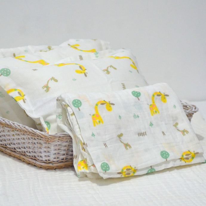 Baby Cot Sheet with 2 Matching Pillow Cases II