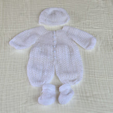 Load image into Gallery viewer, Crochet Baby Ful Body Suit With Hat and Socks 0 - 3 months