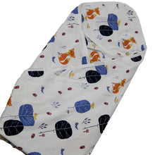Load image into Gallery viewer, Printed Cotton Jersey Hooded Baby Blanket