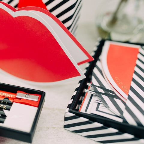 Lulu Guinness 50 : 50 Lip Notecard Set - ash-dove